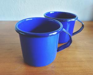 Handgemaakte-Emaille-Mok-Blauw