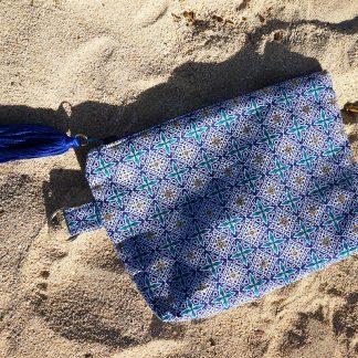 Handgemaakt Make Up tasje uit Haïti met uniek patroon - D.D Creatives
